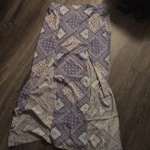 GUESS Maxi Skirt With Slits✨